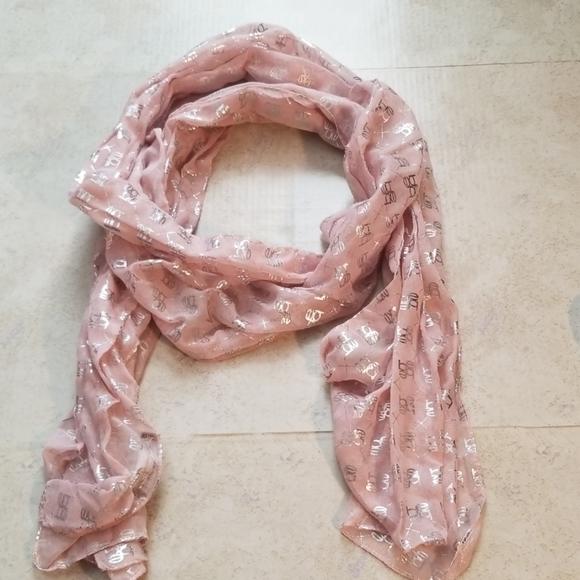 White House Black Market Accessories - Bebe scarf